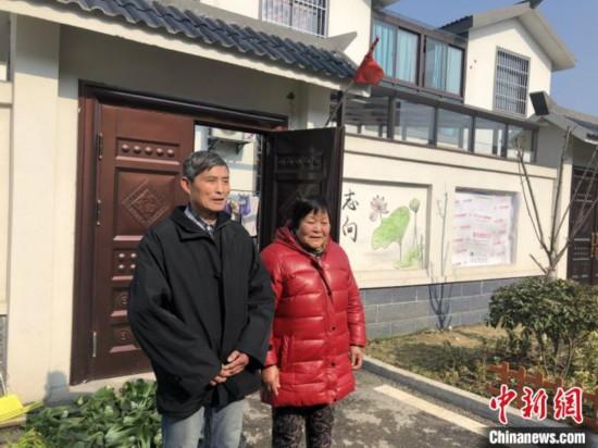 江苏建湖新型农村社区:岸绿水清环境好 农民安居又乐业