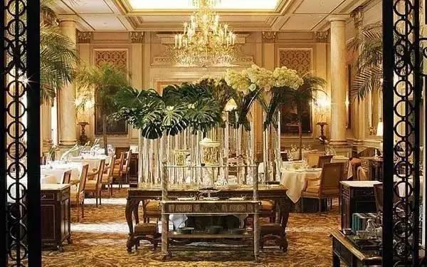 世界最豪华的_世界最大超豪华双层房车