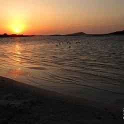 希腊埃拉福尼西岛风光
