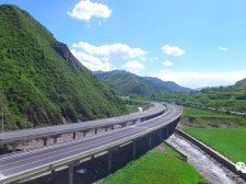 好消息!Manbetx苹果版下载今年开建两条高速公路