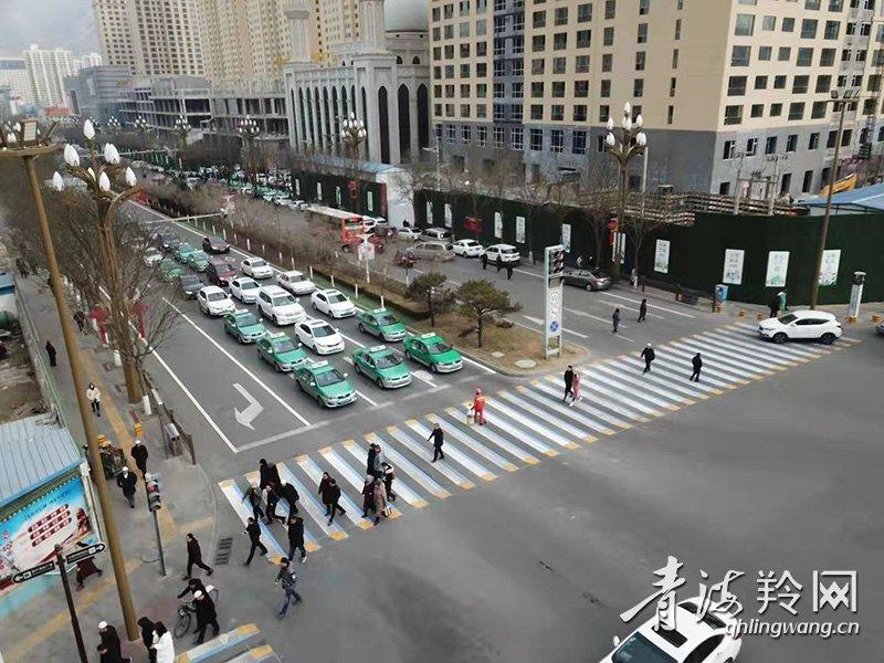 3D斑马线亮相省城东区