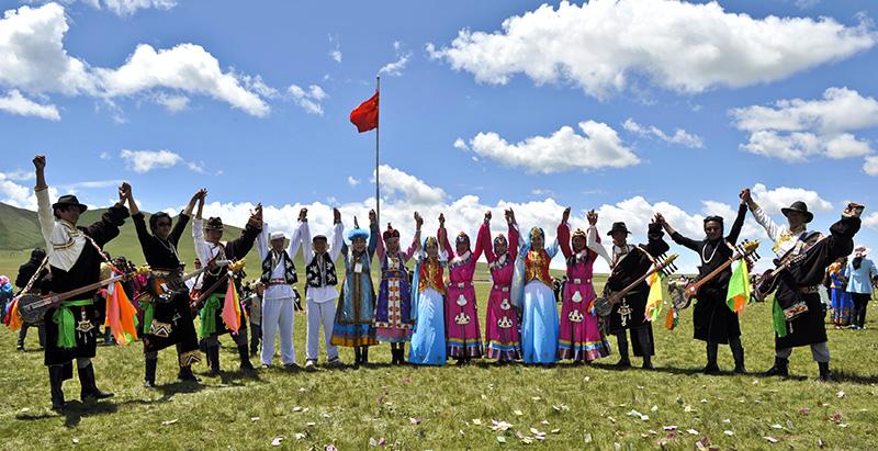 """海西蒙古族藏族自治州和海南藏族自治州为""""全国民族团结进步创建示范"""