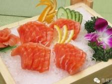 青海三文鱼:24小时送达餐桌,肉质鲜美无以媲美