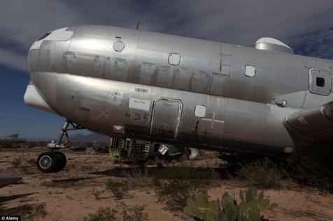 青羚网-谷歌地球揭秘美国亚利桑那州飞机坟场